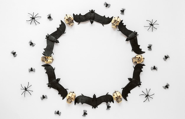 Вид сверху коллекция элементов хэллоуина с летучими мышами
