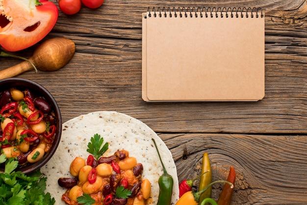 テーブルの上のトップビュー新鮮なメキシコ料理