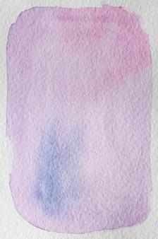 花明るいピンク、紫、紫、青の手描きの抽象的な水彩画の背景フレーム。テキスト、レタリング、コピーのためのスペース。はがきテンプレート。