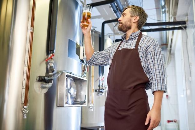 Изучение качества свежего пива