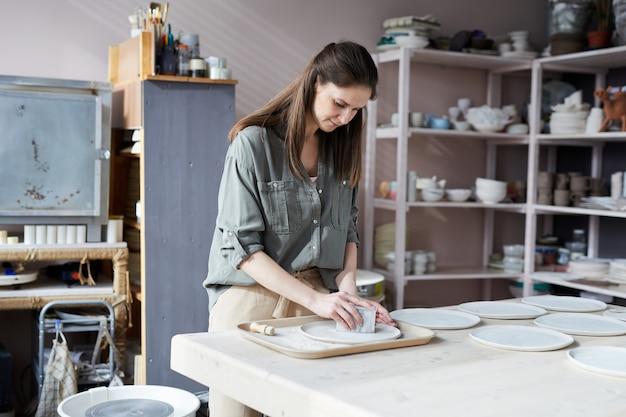 Женский керамист