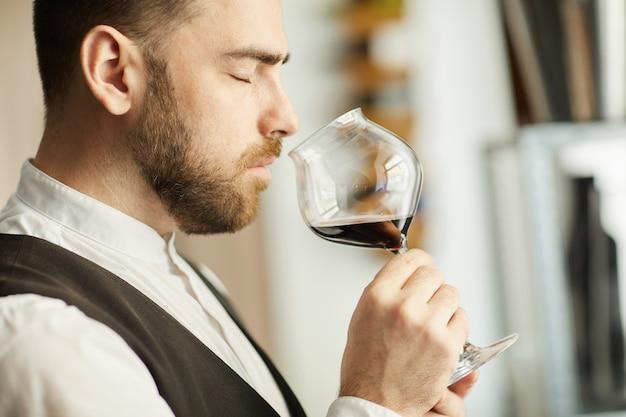 ハンサムなソムリエの香りのするワイン