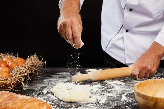 シェフのベーキングパンのクローズアップ
