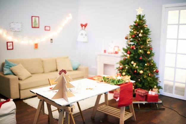 クリスマスのお祝いの最後の準備