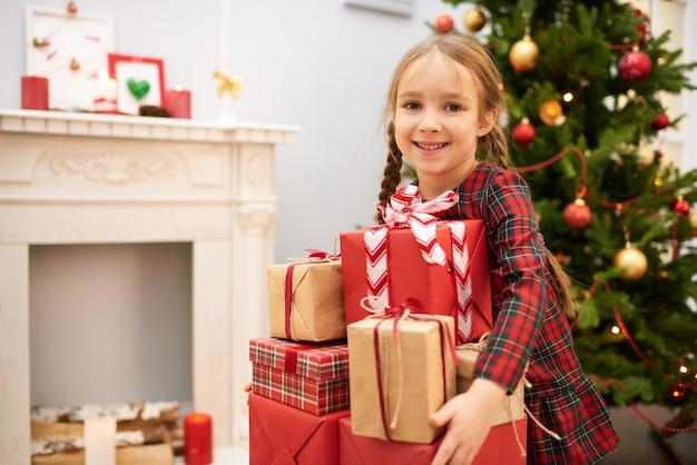 忘れられないクリスマスの雰囲気を楽しむ