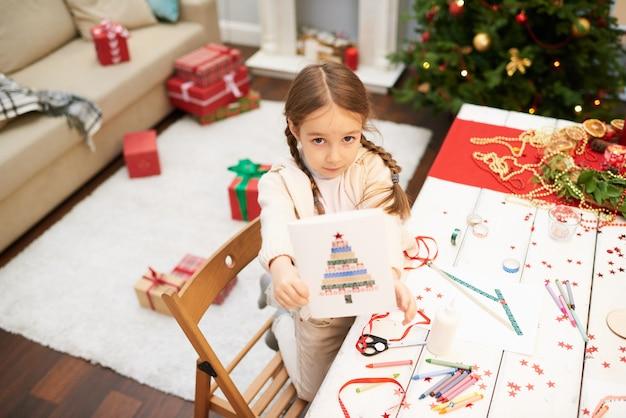 カメラにクリスマスカードを表示