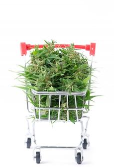 分離されたショッピングカートのマリファナの花