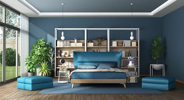 モダンなヴィラの青いマスターベッドルーム