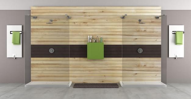 木製パネルのダブルシャワー付きのモダンなバスルーム