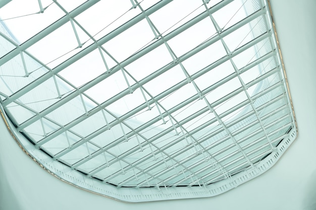 ショッピングモールアップシーリングの天井構造