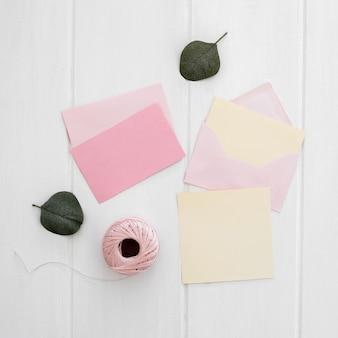 手作りの結婚式の招待状