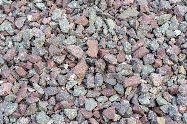 電車の線路がずれるのを防ぐ石の線路と気象条件