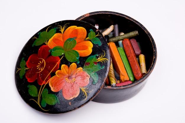 Коробка с цветными грифелями