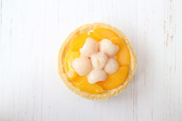 オレンジ色のカップケーキフルーツケーキ