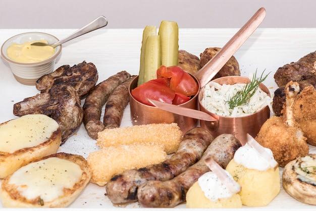 伝統的なルーマニア料理台地