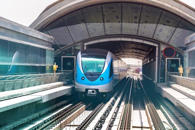 ドバイメトロ鉄道