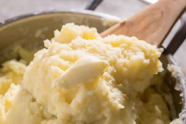 Горшок с картофельным пюре
