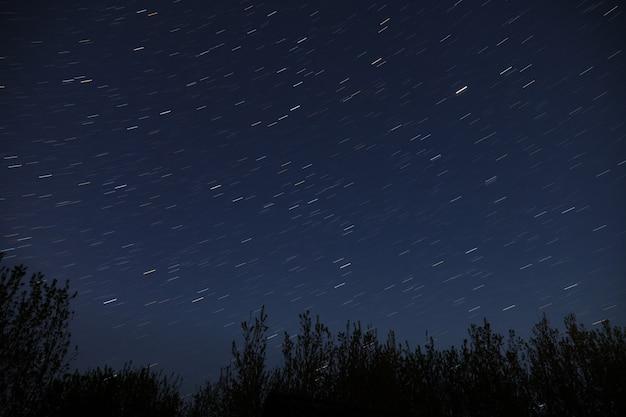 天の川銀河、夜空の星。