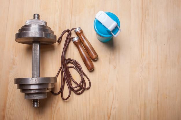 木製の床にフィットネス機器