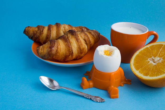 子供の朝食のクローズアップ