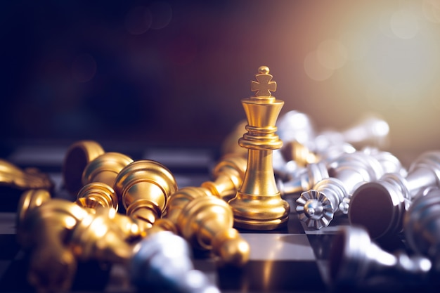 Победитель шахматной доски, золотая победа короля победа в успешном деловом соревновании