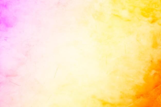 Теплый оранжевый и фиолетовый фон гранж с цементной слабой текстурой и мрамор в градиенте