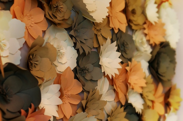 結婚式の桑の紙から作られた花の壁紙の装飾