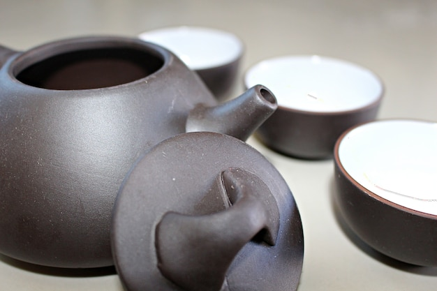 カップ付き陶器茶器