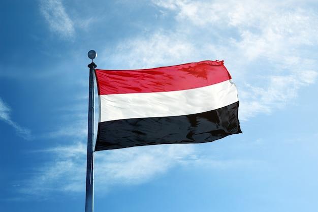 マストのイエメンの旗