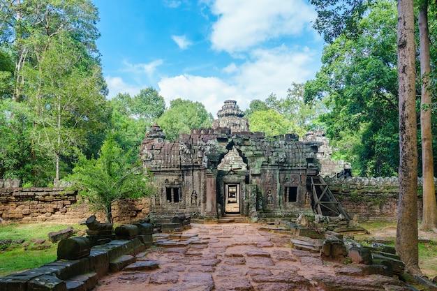 バンコク・クディの入り口、バンコク・クディ、アンコール・ワット・テンプル・コンプレックスの寺院の一つ。