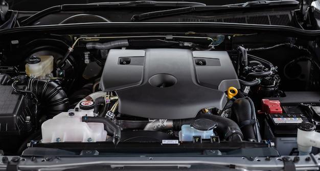 新車エンジンの詳細