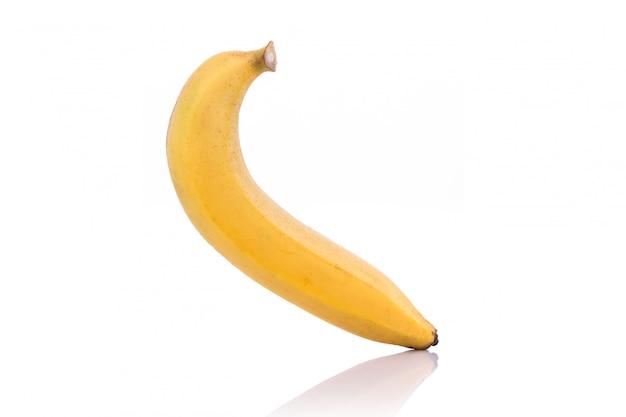 Желтый банан.