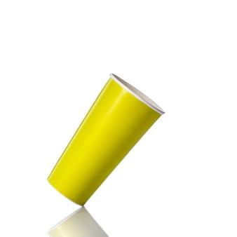 ソフトドリンクまたはコーヒーの空白の緑の紙コップ。