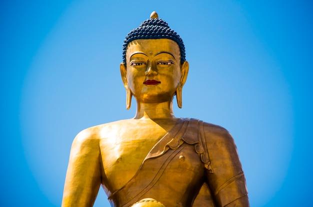 ティンプーブータンのブッダポイントにあるブッダ像