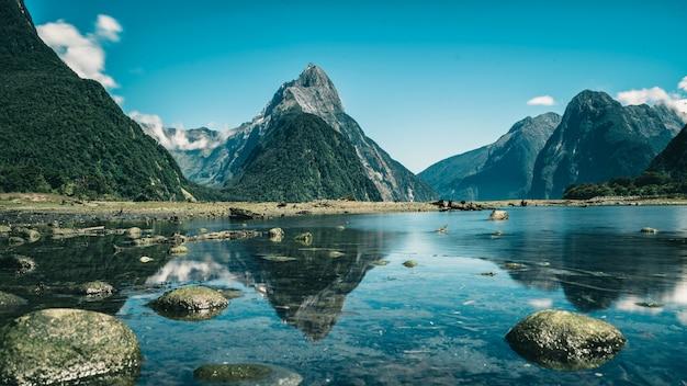 Милфорд саунд в новой зеландии