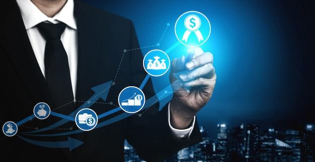 Бизнесмен и голограммы больших данных и технологий