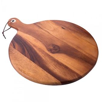白い背景で隔離のピザのための木製のラウンドボード