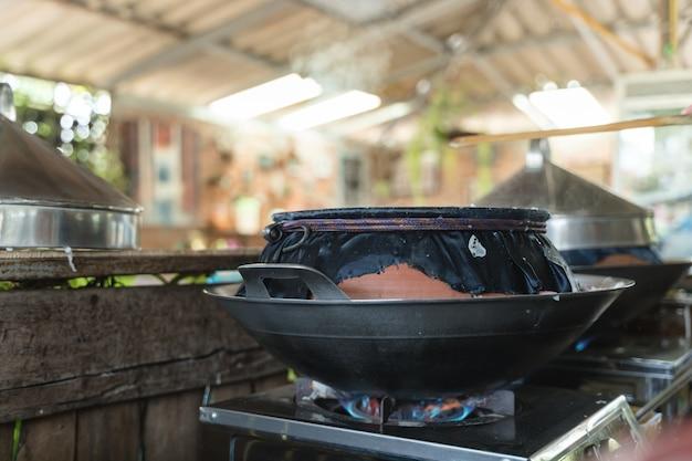 Тайский традиционный метод приготовления на пару