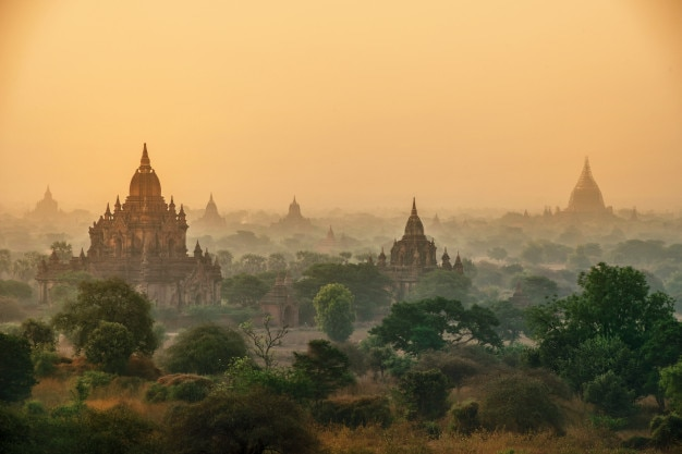 Храмы, баган на рассвете, мандалай, мьянма