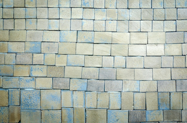 Кирпичная стена фон с виньетированными углами интерьера