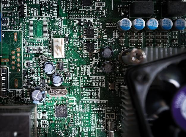 サーバのメインボードコンピュータの拡大写真