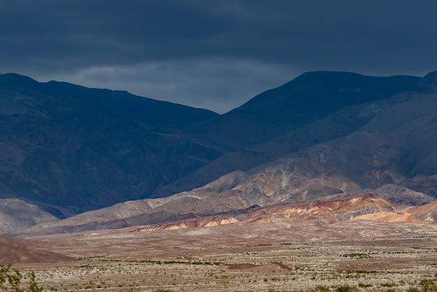 デスバレー国立公園カリフォルニアの美しい粘土山