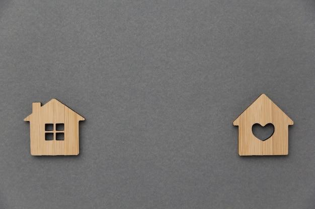 Концепция инвестиций в недвижимость. миниатюрный дом