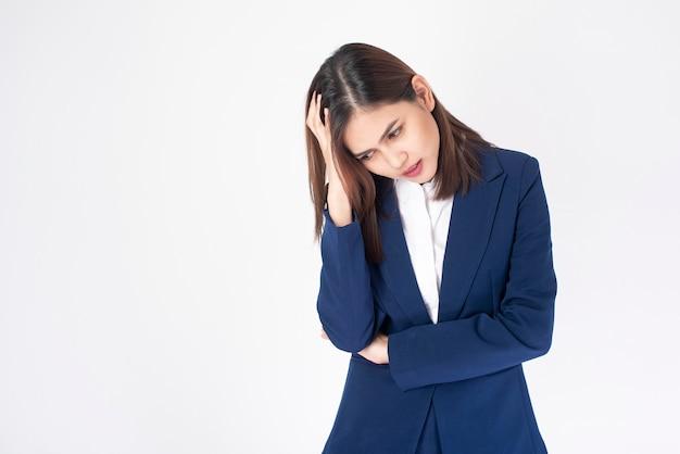 Женщина дела головная боль