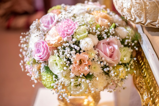 タイの結婚式の花と装飾