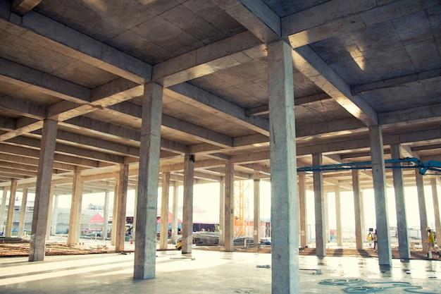 Бетонная конструкция новой строительной площадки для фона