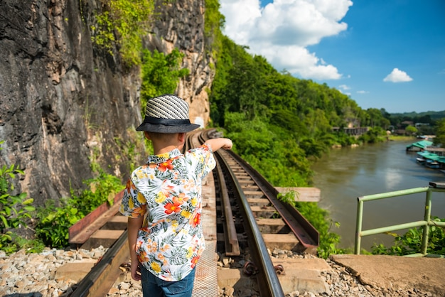 Путешественник на железной дороге смерти, канчанабури