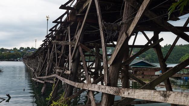 月木造橋、サンカブリー、カンチャナブリ