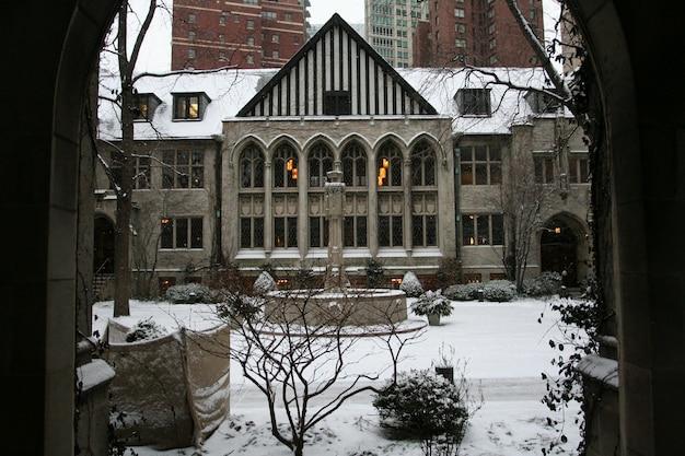 冬のシカゴ長老派教会