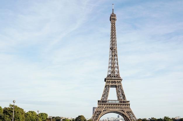 パリ、フランスのエッフェル塔